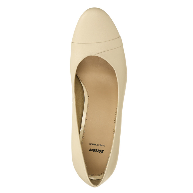 Leather pumps on a tapered heel bata, beige , 624-1600 - 26