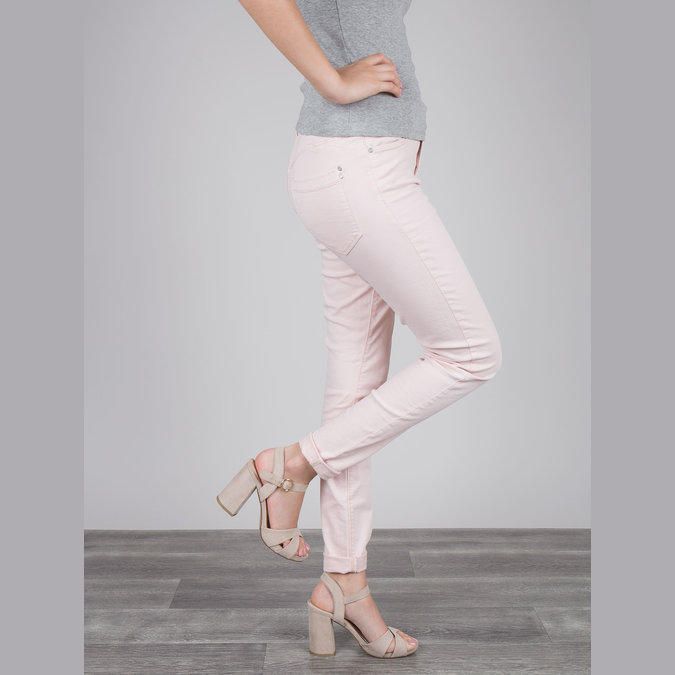 Ladies' sandals with a massive heel bata, beige , 769-8602 - 18